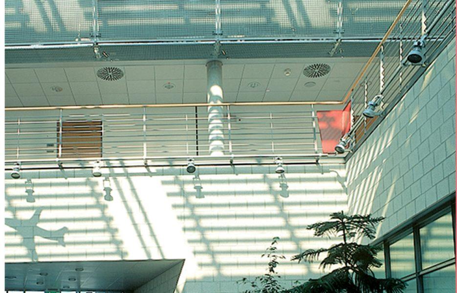 Feuerwache Flughafen Stuttgart Glasdach 1