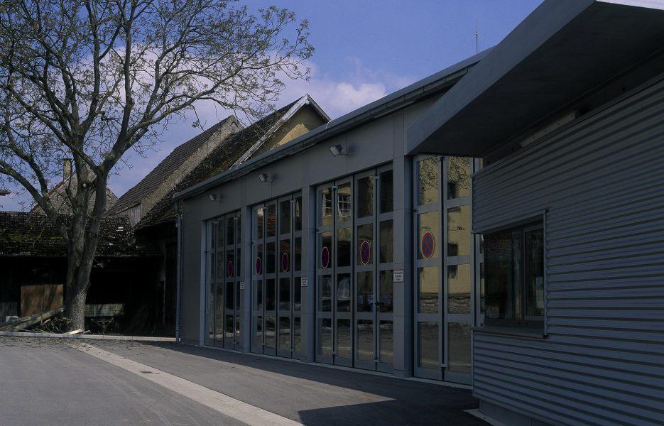 Feuerwache Kirchhardt Tore