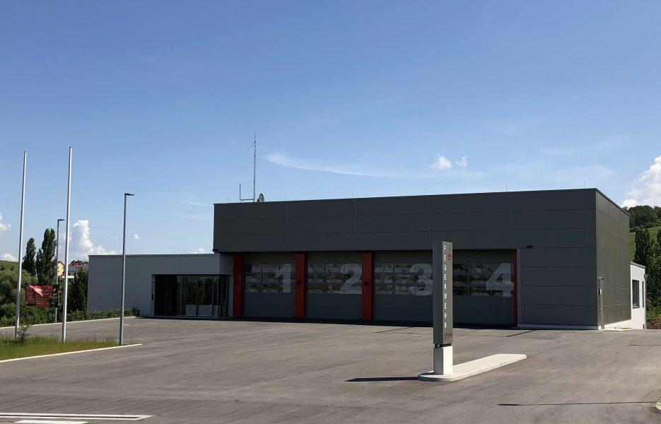 Feuerwehr Eschenau Strassenfassade