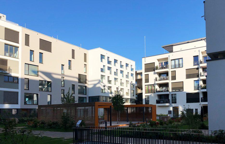 KTH Architekten J4_Gartenfassade sonnig